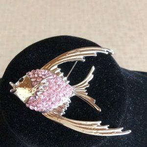 Jewelry - Angel fish pin brooch with pink bling